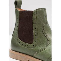 Froddo Botki dark green. Zielone buty zimowe damskie Froddo, z materiału. W wyprzedaży za 213,85 zł.