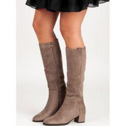Buty zimowe damskie: BEŻOWE KOZAKI NA OBCASIE