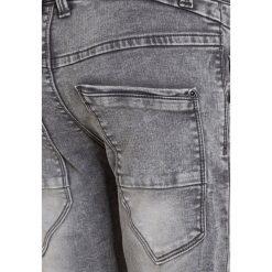 Name it NITTAD Jeansy Slim Fit dark grey denim. Szare jeansy męskie relaxed fit Name it, z bawełny. W wyprzedaży za 160,55 zł.
