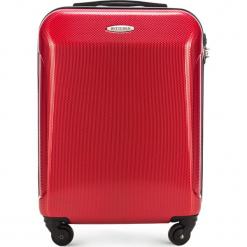 Walizka kabinowa 56-3P-971-30. Czerwone walizki marki Wittchen, z gumy, małe. Za 179,00 zł.
