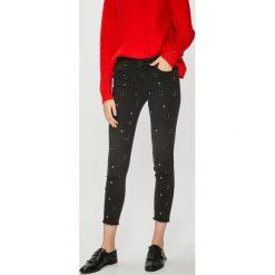 Morgan - Jeansy Flore. Niebieskie jeansy damskie rurki marki Sinsay, z podwyższonym stanem. Za 359,90 zł.