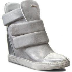 Sneakersy CARINII - B3493  Venus Lustro Srebro/Dave Met 6729/0101. Szare botki damskie skórzane Carinii, na koturnie. W wyprzedaży za 269,00 zł.