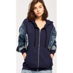 Bluzy damskie: Rozpinana bluza z kapturem – Granatowy