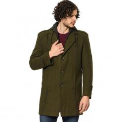 Płaszcz w kolorze khaki. Brązowe płaszcze zimowe męskie marki AVVA, Dewberry, m. Za 539,95 zł.