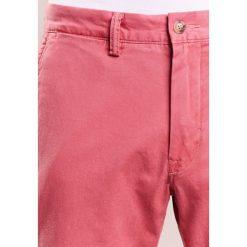 Spodnie męskie: Polo Ralph Lauren BEDFORD PANT Chinosy nantucket red