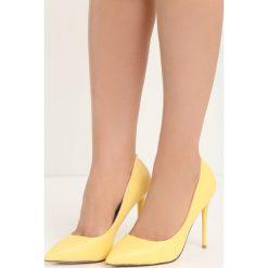 Żółte Szpilki Modern Lady. Białe szpilki marki Reserved, na wysokim obcasie. Za 79,99 zł.