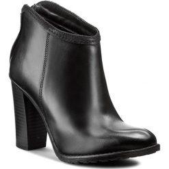 Botki CARINII - B2382 E50-360-POL-927. Czarne buty zimowe damskie Carinii, ze skóry, na obcasie. W wyprzedaży za 219,00 zł.