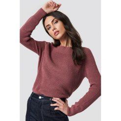 Rut&Circle Sweter Quini - Pink. Szare swetry klasyczne damskie marki Vila, l, z dzianiny, z okrągłym kołnierzem. Za 121,95 zł.