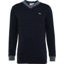Lacoste Sport Sweter marine/medway blanc. Niebieskie swetry klasyczne męskie Lacoste Sport, m, z bawełny. W wyprzedaży za 431,60 zł.