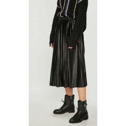 Medicine - Spódnica Essential. Szare spódniczki plisowane damskie MEDICINE, l, z elastanu, z podwyższonym stanem, midi. W wyprzedaży za 79,90 zł.