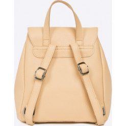 Answear - Plecak Stripes Vibes. Szare plecaki damskie ANSWEAR, ze skóry ekologicznej. W wyprzedaży za 69,90 zł.