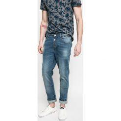 Medicine - Jeansy Urban Utility. Szare jeansy męskie relaxed fit MEDICINE, z bawełny. W wyprzedaży za 59,90 zł.