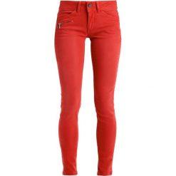 Freeman T. Porter CORALIE Jeansy Slim Fit ketchup. Niebieskie jeansy damskie marki Freeman T. Porter. W wyprzedaży za 303,20 zł.