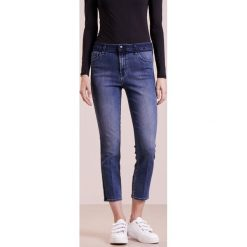 Boyfriendy damskie: J Brand RUBY Jeansy Slim Fit point blanc