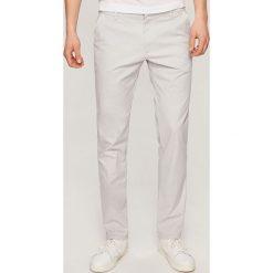 Rurki męskie: Spodnie chino slim fit - Jasny szar