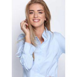 Jasnoniebieska Koszula Always What You Need. Niebieskie koszule damskie Born2be, s, koszulowe. Za 49,99 zł.