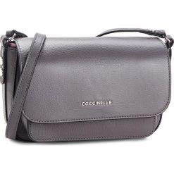 Torebka COCCINELLE - CG1 Organisee Soft E1 CG1 15 01 01 Fume/Noir 722. Szare listonoszki damskie Coccinelle, ze skóry. W wyprzedaży za 729,00 zł.