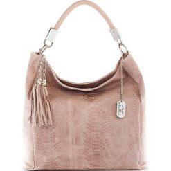 Torebki klasyczne damskie: Skórzana torebka w kolorze brudnego różu – 38 x 36 x 14 cm