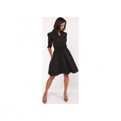 Uniwersalna sukienka z delikatną stójką, SUK156. Czarne sukienki na komunię Lanti, do pracy, uniwersalny, biznesowe, ze stójką, rozkloszowane. Za 169,00 zł.