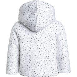 Absorba LIGNE CADEAU BABY Kurtka przejściowa blanc. Białe kurtki chłopięce przejściowe Absorba, z bawełny. Za 189,00 zł.