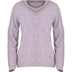 Ciemnofioletowy Sweter I'm Not Giving Up. Szare swetry klasyczne damskie Born2be, l, z koronki, z dekoltem w serek. Za 64,99 zł.