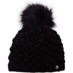 Czarna marszczona czapka z pomponem QUIOSQUE. Czarne czapki damskie QUIOSQUE, z dzianiny. Za 79,99 zł.