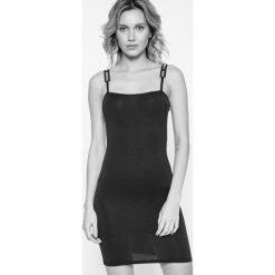 Missguided - Sukienka. Szare sukienki dzianinowe marki Missguided, na co dzień, casualowe, mini, dopasowane. W wyprzedaży za 39,90 zł.
