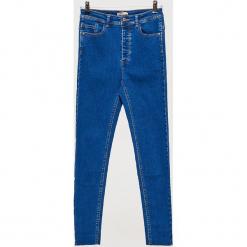 Jeansy HIGH WAIST - Niebieski. Niebieskie spodnie z wysokim stanem marki Cropp, z jeansu. Za 89,99 zł.