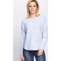 Jasnoniebieski Sweter Right Me. Szare swetry klasyczne damskie Born2be, l, z dekoltem w łódkę. Za 59,99 zł.