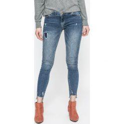 Review - Jeansy Minnie Skinny. Niebieskie jeansy damskie rurki Review, z bawełny. W wyprzedaży za 149,90 zł.