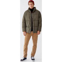 Pikowana kurtka puchowa. Brązowe kurtki męskie pikowane Pull&Bear, m, z puchu. Za 199,00 zł.