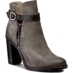 Botki CARINII - B3552 G65-E50-PSK-A29. Szare buty zimowe damskie Carinii, z nubiku. W wyprzedaży za 279,00 zł.