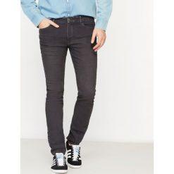 Dżinsy o kroju slim z denimu ze stretchem. Szare jeansy męskie slim marki La Redoute Collections. Za 163,76 zł.