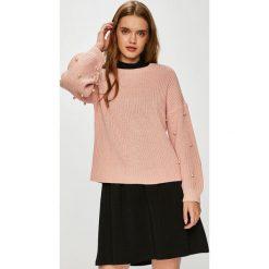 Only - Sweter Mella. Szare swetry oversize damskie marki ONLY, s, z bawełny, z okrągłym kołnierzem. W wyprzedaży za 99,90 zł.