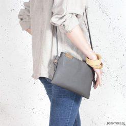Kopertówki damskie: Nodo Bag S szara mała kopertówka z paskiem