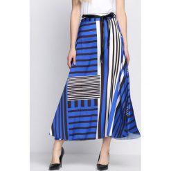 Niebieska Spódnica Sweet Land. Niebieskie długie spódnice Born2be, na lato, s. Za 99,99 zł.
