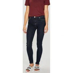 Review - Jeansy Minnie Skinny. Szare jeansy damskie marki Review, l, z tkaniny, z okrągłym kołnierzem. Za 179,90 zł.