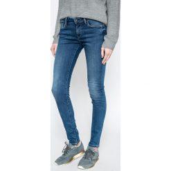Pepe Jeans - Jeansy Soho. Niebieskie jeansy damskie rurki Pepe Jeans, z bawełny. W wyprzedaży za 279,90 zł.