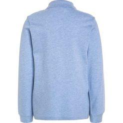 Lacoste PJ8915 Koszulka polo nuage chine. Niebieskie bluzki dziewczęce bawełniane marki Lacoste. W wyprzedaży za 199,20 zł.