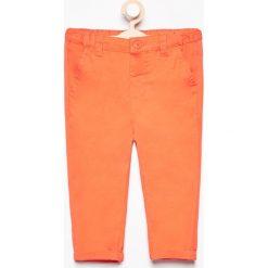 Odzież niemowlęca: Spodnie chino - Pomarańczo