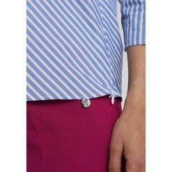 Bluzki asymetryczne: Rich & Royal ONE SHOULDER BLOUSE Bluzka pastel blue