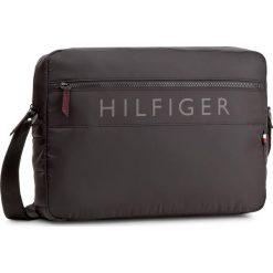 Torba na laptopa TOMMY HILFIGER - Light Nylon Messeneger AM0AM02822  002. Czarne plecaki męskie marki TOMMY HILFIGER, z nylonu. Za 449,00 zł.