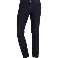 Marc O'Polo DENIM Jeansy Slim Fit combo. Szare jeansy męskie Marc O'Polo DENIM. W wyprzedaży za 343,20 zł.
