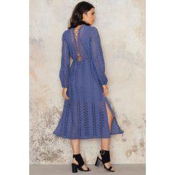 Sukienki hiszpanki: Bardot Sukienka Alexa Lace Up – Blue