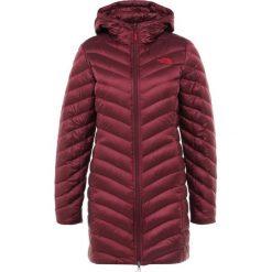 The North Face TREVAIL Płaszcz puchowy dark red. Różowe płaszcze damskie puchowe marki The North Face, m, z nadrukiem, z bawełny. Za 999,00 zł.