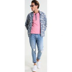 T-shirty męskie z nadrukiem: Key Largo ARENA Tshirt z nadrukiem pink