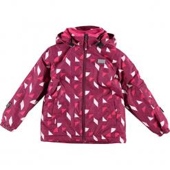 Kurtka narciarska w kolorze czerwonym. Czerwone kurtki dziewczęce przeciwdeszczowe marki Reserved, z kapturem. W wyprzedaży za 215,95 zł.