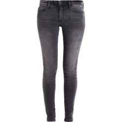 Boyfriendy damskie: Abercrombie & Fitch CORE RISE  Jeans Skinny Fit washed black