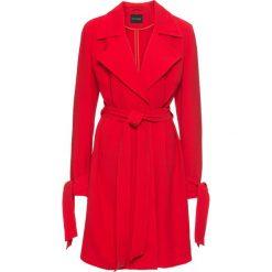 Płaszcz kopertowy, bez podszewki bonprix truskawkowy. Czerwone płaszcze damskie bonprix, eleganckie. Za 89,99 zł.