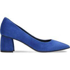 Czółenka AIKO. Niebieskie buty ślubne damskie marki Gino Rossi, ze skóry, na słupku. Za 179,90 zł.